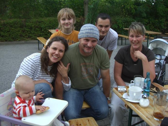 Andreas Mattern mit seiner Familie