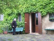 Malschülerin Margret sucht mit dem Blog nach einem passendem Motiv vor unserem Haus