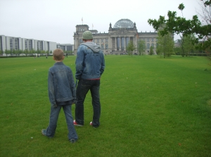Ich und mein Sohn 2007 vor dem Reichstag